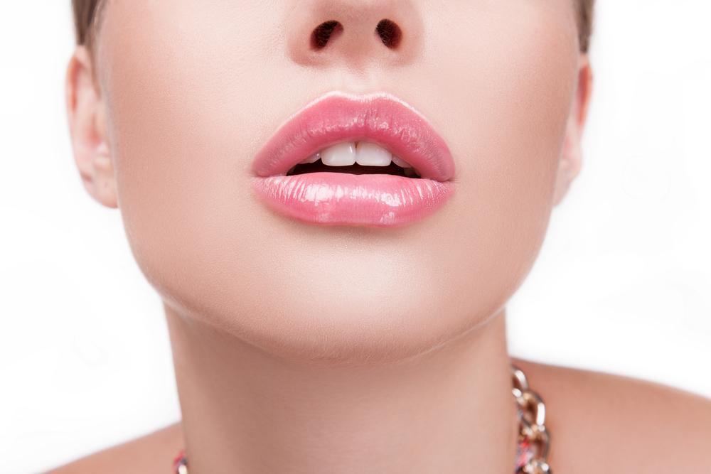 口唇拡大術の有名病院と人気ランキング
