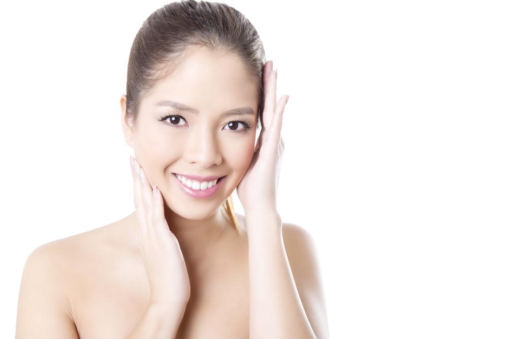 頬のこけの美容整形の有名病院と人気ランキング