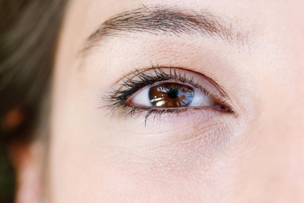 目の下のこけの美容整形の有名病院と人気ランキング
