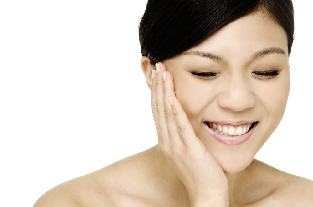 目の上のくぼみの美容整形の有名病院と人気ランキング
