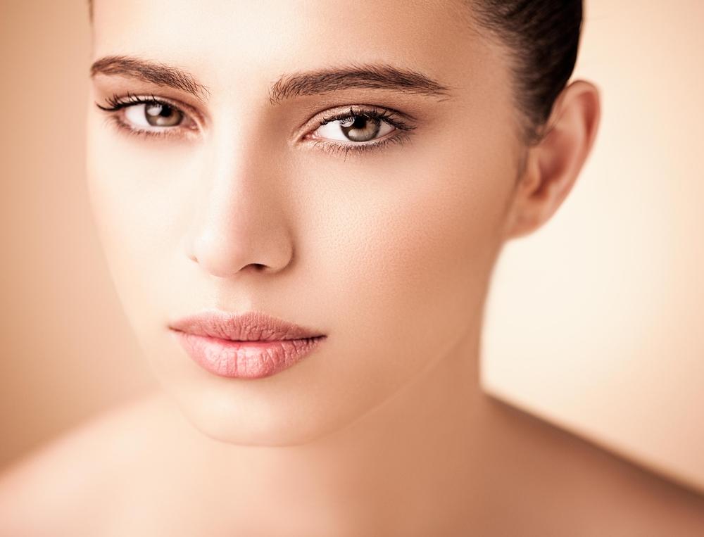 頬脂肪注入の有名病院と人気ランキング